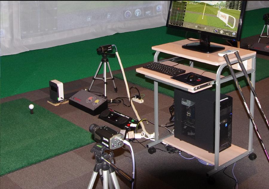ゴルフレッスン用のスイングチェックカメラ